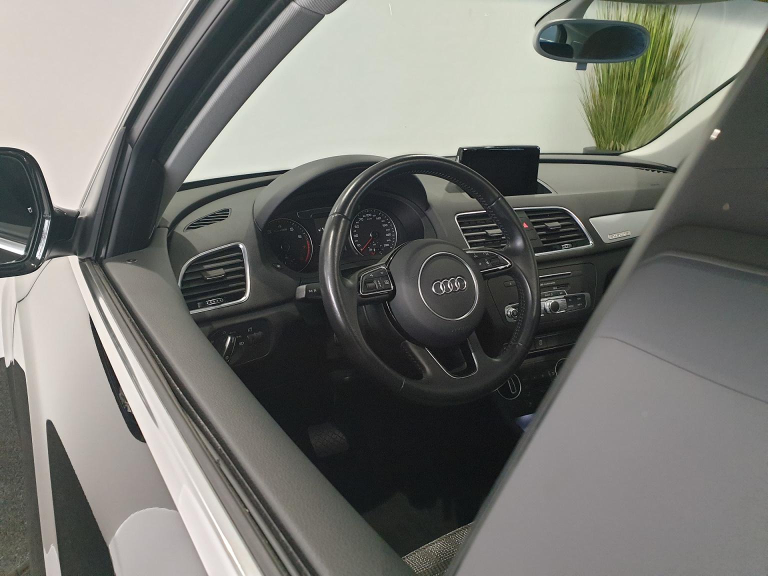 Audi-Q3-35