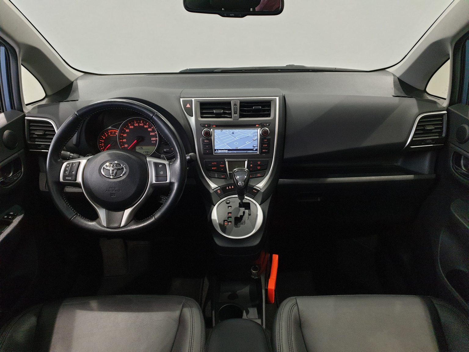 Toyota-Verso-S-15