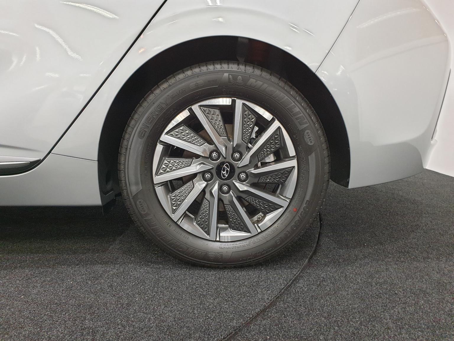 Hyundai-IONIQ-5