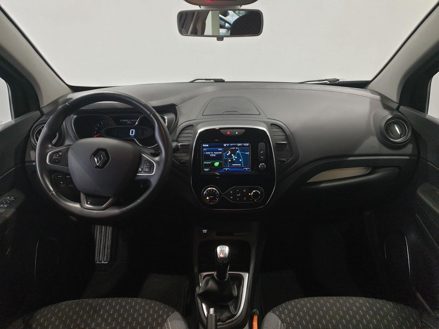 Renault-Captur-15