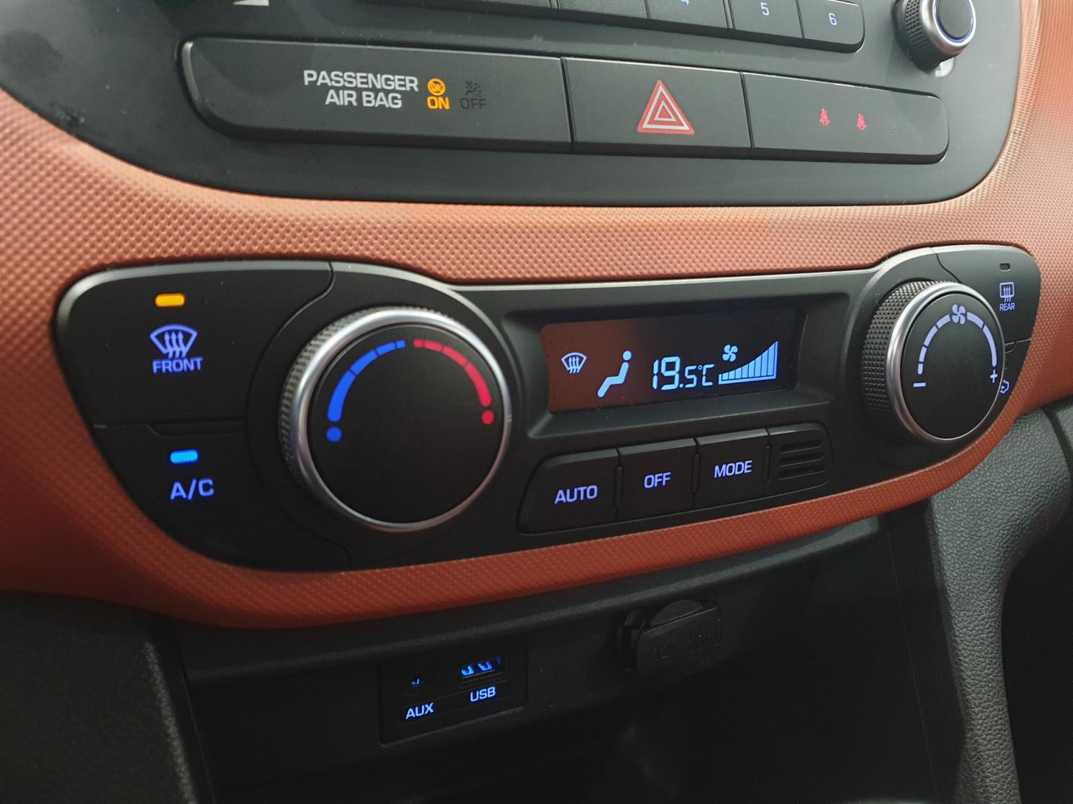 Hyundai-i10-23