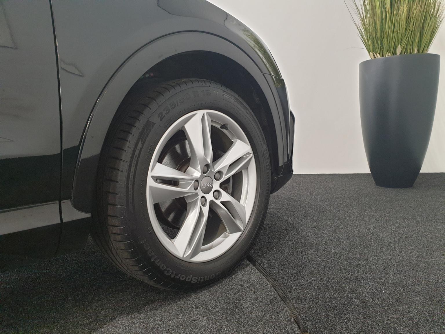 Audi-Q3-37