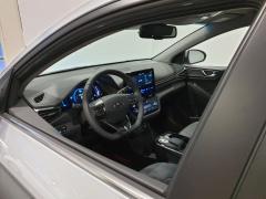 Hyundai-IONIQ-13