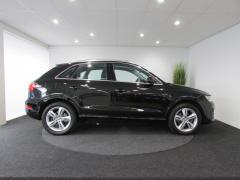 Audi-Q3-7